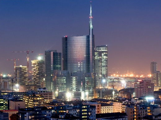 Milano Porta Nuova, Qatar