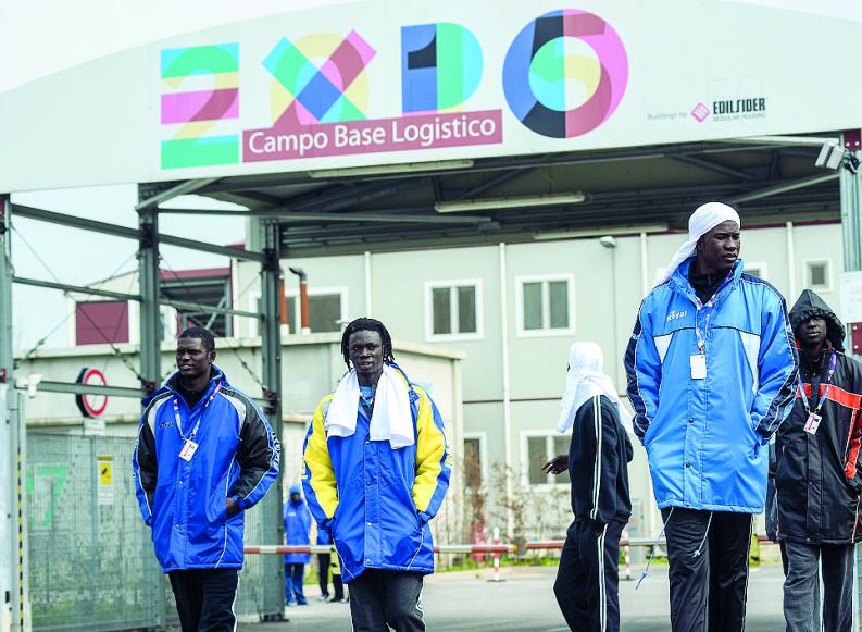 Profughi a Expo: ecco il verbale che smentisce Sala