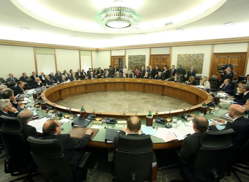 """""""Ecco come nacque lo scontro politica-magistratura"""""""