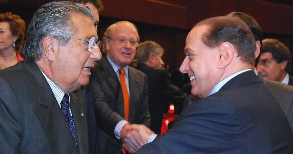 La condanna di De Benedetti, restato senza il Grande Nemico Silvio