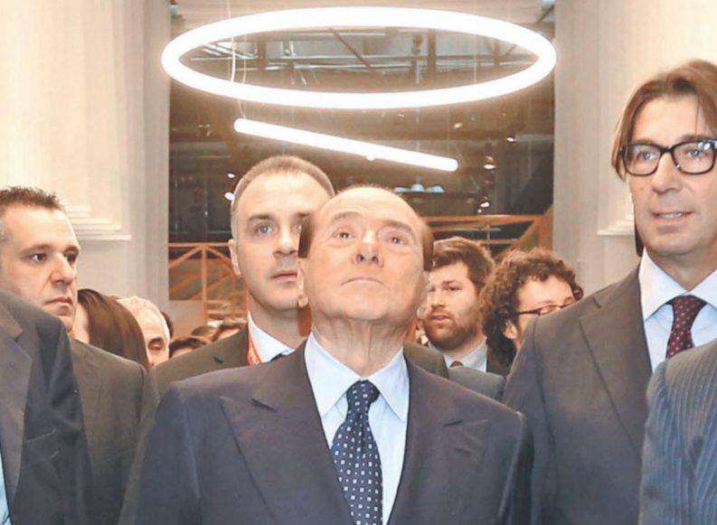 """Renzi lo vuole come alleato. Ma B. non era il """"delinquente naturale""""?"""