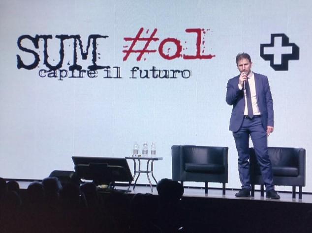 """Davide Casaleggio: """"Riformeremo la democrazia, il futuro siamo noi"""""""