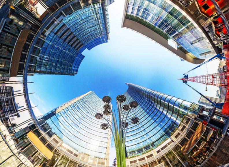 Nei cantieri dei nuovi grattacieli si muore