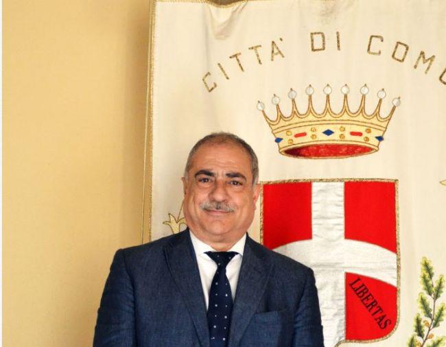Nel presepe vivente di Como, il sindaco fa Erode
