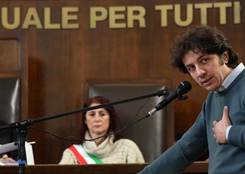 """Dj Fabo. La pm: """"Io sono lo Stato, assolvete Cappato"""""""