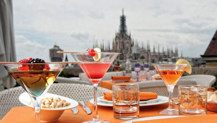 Milano oltre l'aperi-cena: ora arriva l'aperi-messa