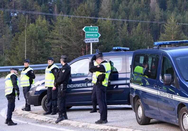 Migranti, la piccola guerra fredda tra Italia e Francia