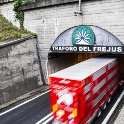Tav. Scavare il tunnel inquina più dei camion di oggi