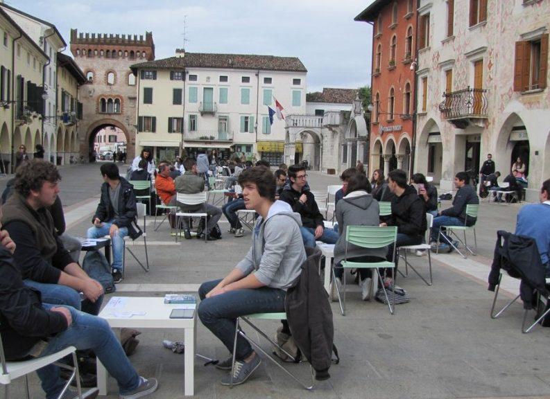 Friuli, la biblioteca dei libri viventi