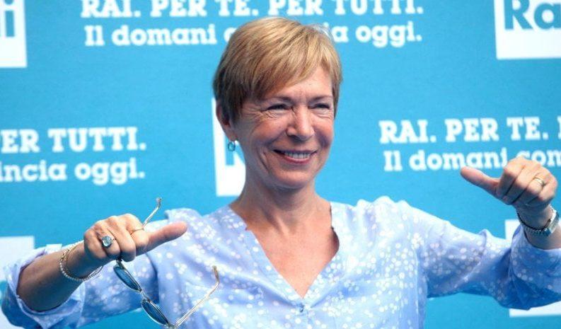 """Milena Gabanelli: """"Il contante serve a corrotti, evasori e lavoro nero"""""""